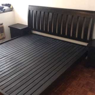 For sale quality wooden bed frame with 2 bed side drawers