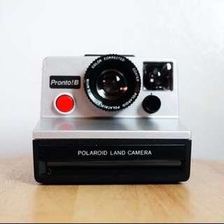 Pronto!B Polaroid Land Camera