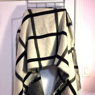 Authentic Zara Reversible Blanket Scarf