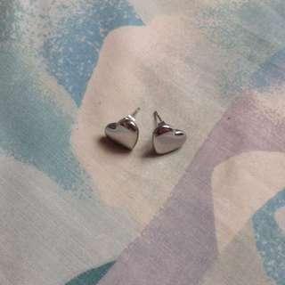 stainless heart shape earring no tarnishing