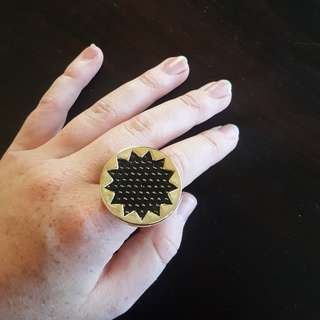 House of Harlow black gold star ring