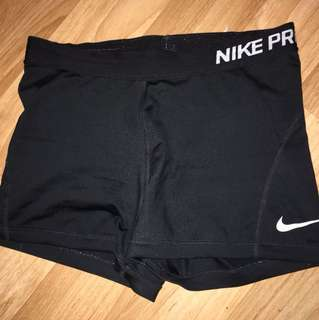 NIKE PROS - GREAT CONDITION