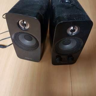 sell: Creative T10 speaker