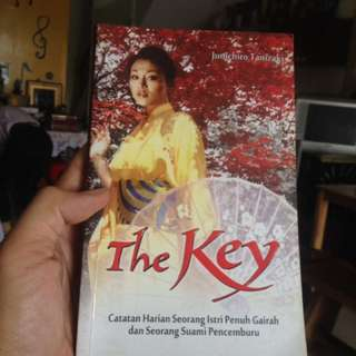 Novel Dewasa - The Key