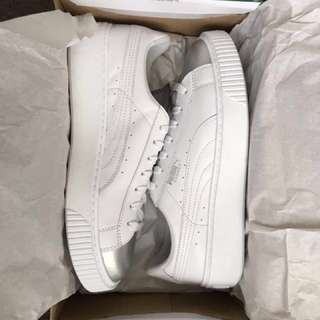 NEW PUMAS basket platforms white