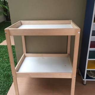 SNIGLAR Changing table Ikea