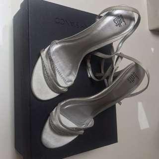 Betts silver heels size 6