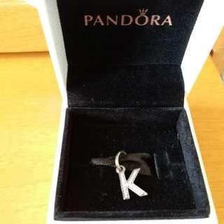 Pandora 35cm 黑色皮帶 + K字 吊飾