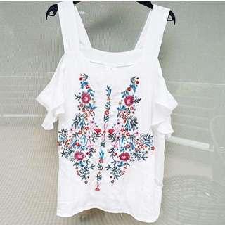NEW Off shoulder embroidered floral top