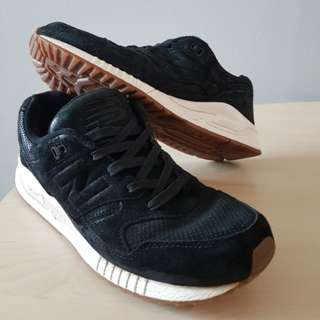 New Balance 530 Black Suede Gum - Sneakers
