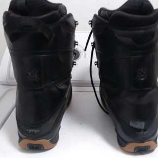 Snow Boots.  ( LAMAR. ) SIZE 9 1/2 MEN'S