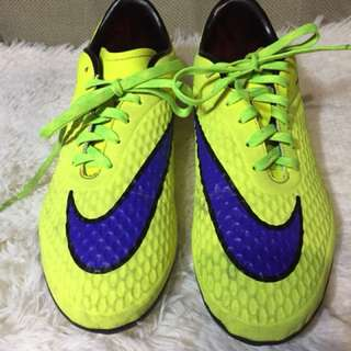 Soccer Shoes View All Soccer Shoes Ads In Carousell Philippines