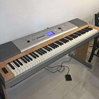 Yamaha DGX-620 Portable Grand Piano for Sale
