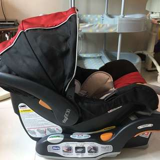 Chiccco Car seat slightly used almost new bought for 17k