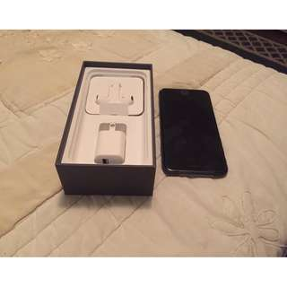 Brand new Apple iPhone 8 - 256GB - Space Gray Unlocked to all network