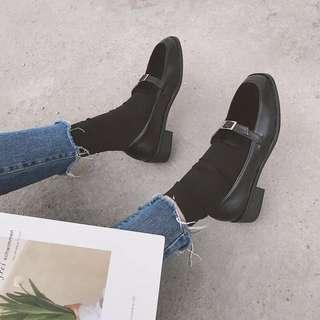 2018春季新款韓版文藝百搭金屬裝飾學院風復古小皮鞋女粗跟單鞋女