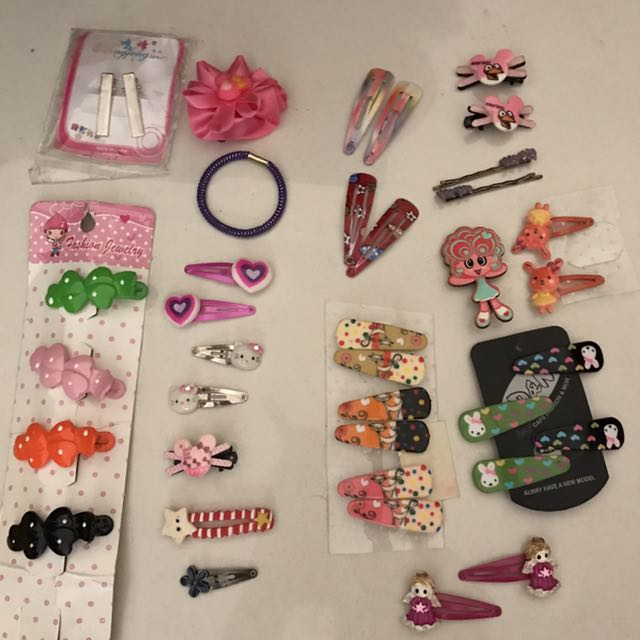 10c and 20c hair clips for sale!