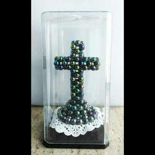 黑色彩珠十字架座枱擺設