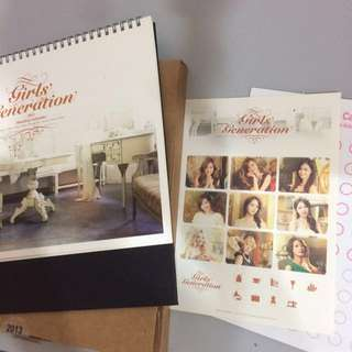 SNSD MONTHLY DESK CALENDAR 2013 RARE