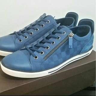 Louis Vuitton Shoes Size 43