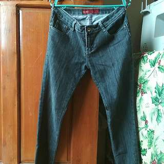 REPRICED!! Jeans (Size 29)