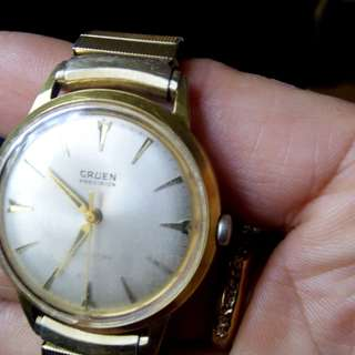 GRUEN  automatic 1952 14k gold filled wrist watch.
