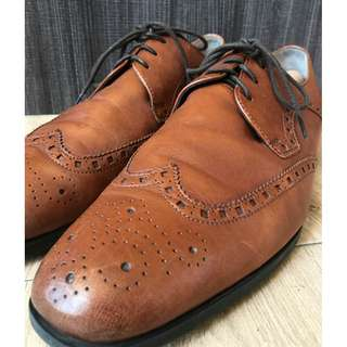 Clark's Full Brogue Tan Leather Shoes