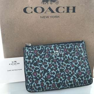 Coach coin purse with key ring