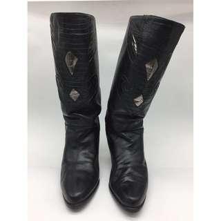 Ingledew's Black Boots
