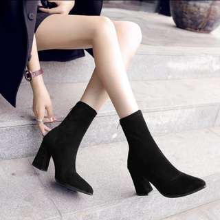 🚚 歐美最熱燒款彈力襪靴