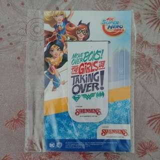 DC Super Hero Girls Magnetic Bookmark