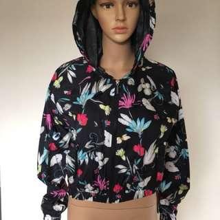 Seafolly FlowerFest Wind breaker hoodie bnwt