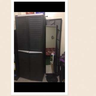 clothes cabinet as seen on SM very durable long lasting with free mirror