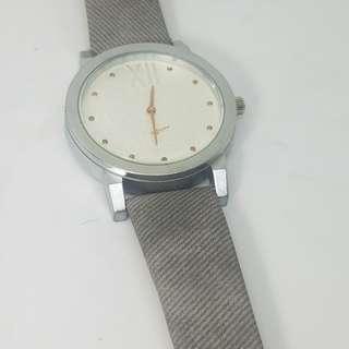 Mens fashionable watch