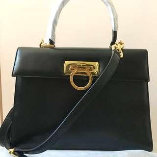 Ferragamo Vintage Two Way Handbag Black Medium size ❌ Chanel Hermes prada Celine YSL Versace Loewe