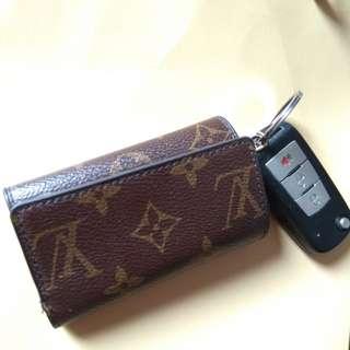 LV keyholder wallet