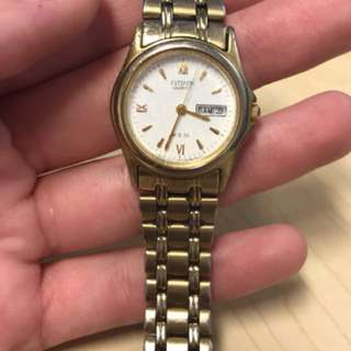 Gold Citizen Quartz watch
