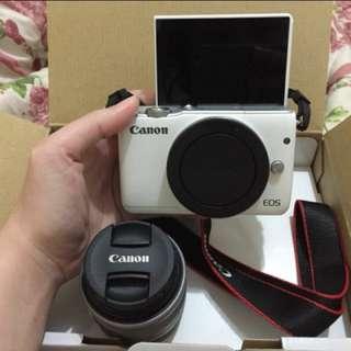 Canon M10 White
