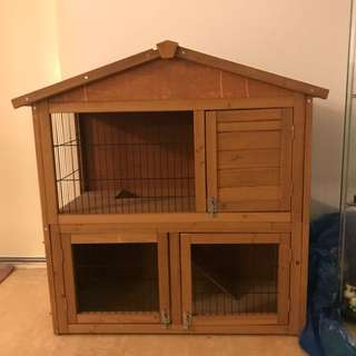 NEW DOUBLE STOREY RABBIT HUTCH *include accessories*