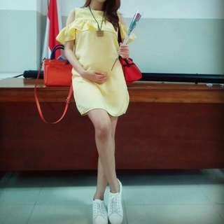 Dress yellow cantik