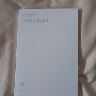 BTS LOVE YOURSELF ALBUM ( E VERSION )