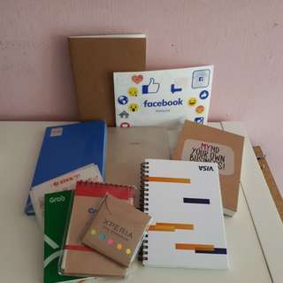 Giveaway! Notebooks, sticky notes, pendrive, micro usb cable