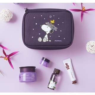 Innisfree x Snoopy Orchid Box