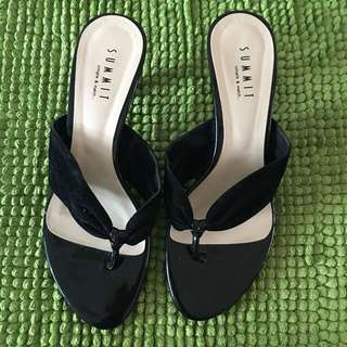 Summit ladies suede heels