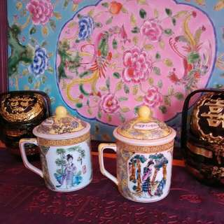 A Pair Chinese Mugs