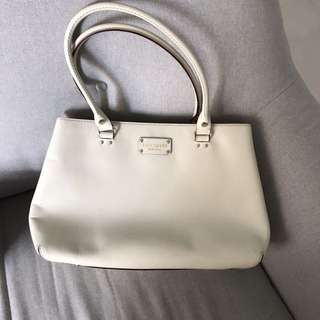 Kate Spade Bag in white guc