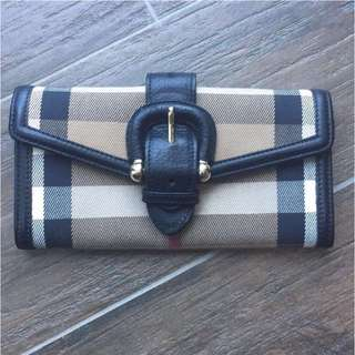 AUTHENTIC Burberry Tan House Check Buckle Continental Wallet