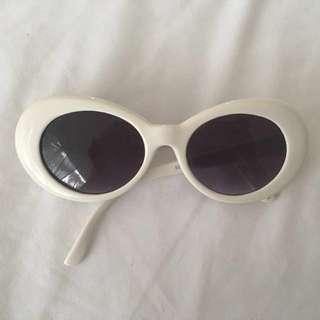 New cobain white sunglasses