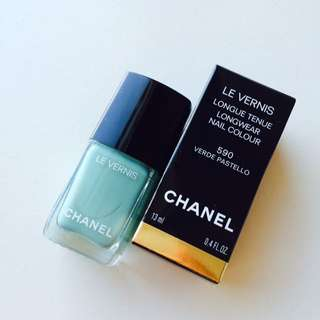 CHANEL Nail Polish Color 全新法國製指甲油 590 Verde Pastello