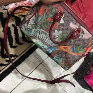 """Repriced!! """"Gucci"""" Large bag"""